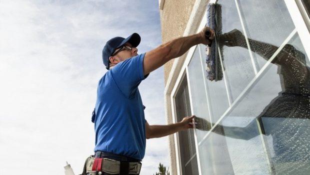 Comment nettoyer ses vitres d'une façon économique